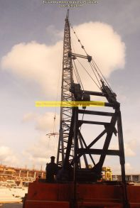Dragline cranes picking up prefab steps
